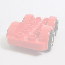 画像1: 6138944【Red】デュプロ 2x6カーベース(Yellow Wheels) 1個